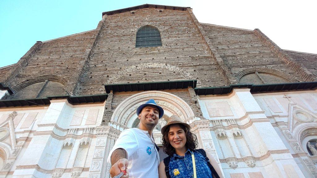 bologna_san_petronio_kilisesi_gezilecek_yerler