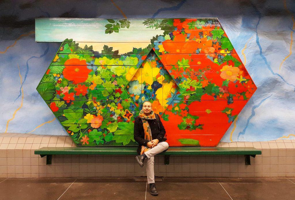 Stockholm'de müzeyi andıran ve gezilmesi gereken onlarca metro durağından bir tanesi: Stadion.