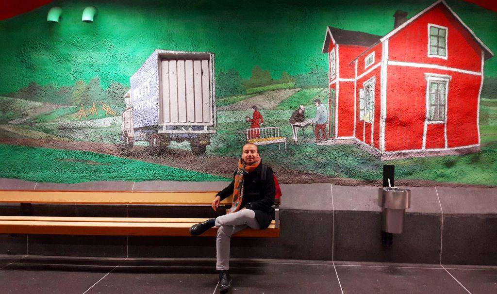 Solna Centrum İstasyonunda dinlenirken :)