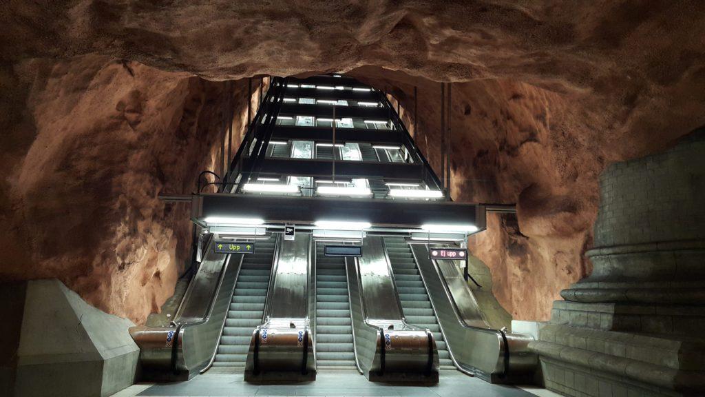 Rådhuset Metro İstasyonu
