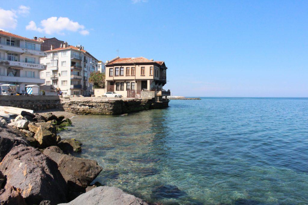 Mudanya'nın denize nazır güzel evleri