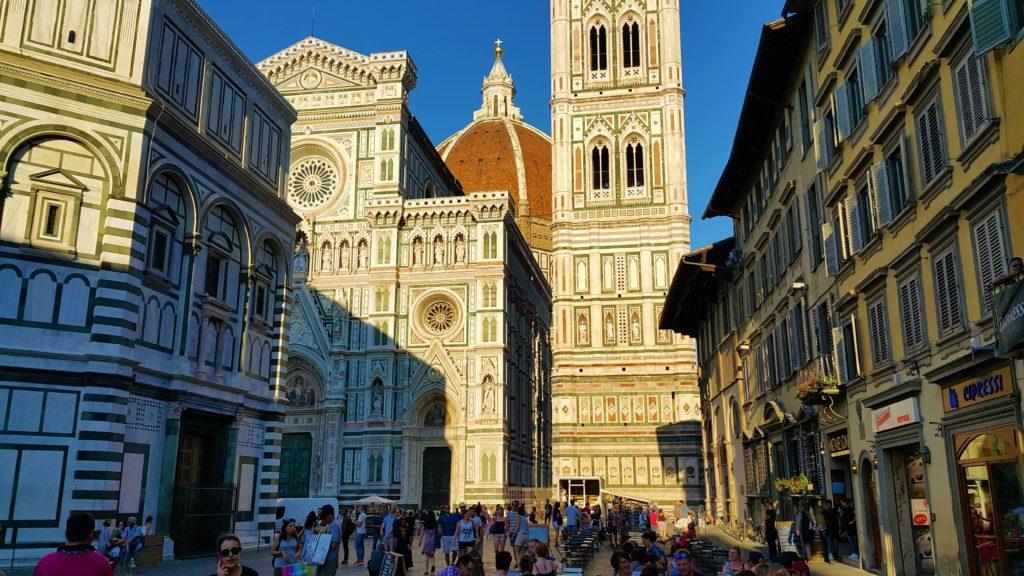 Duomo meydanı ve Katedral