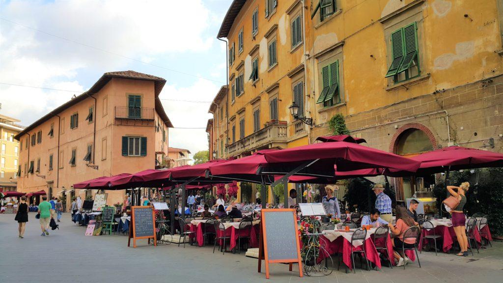 Pisa sokakları